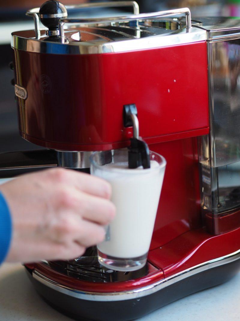 De-Longhi-Icona-Coffee-Machine